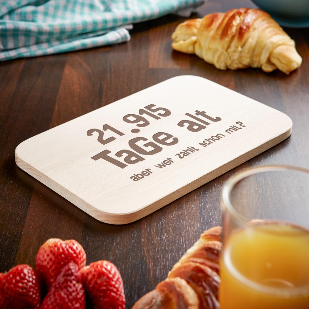 Frühstücksbrett mit Gravur - Alter in Tagen - Personalisiert