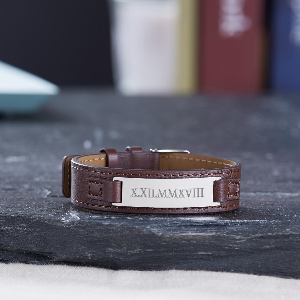Braunes Lederarmband mit Gravur - Römische Zahlen - Personalisiert