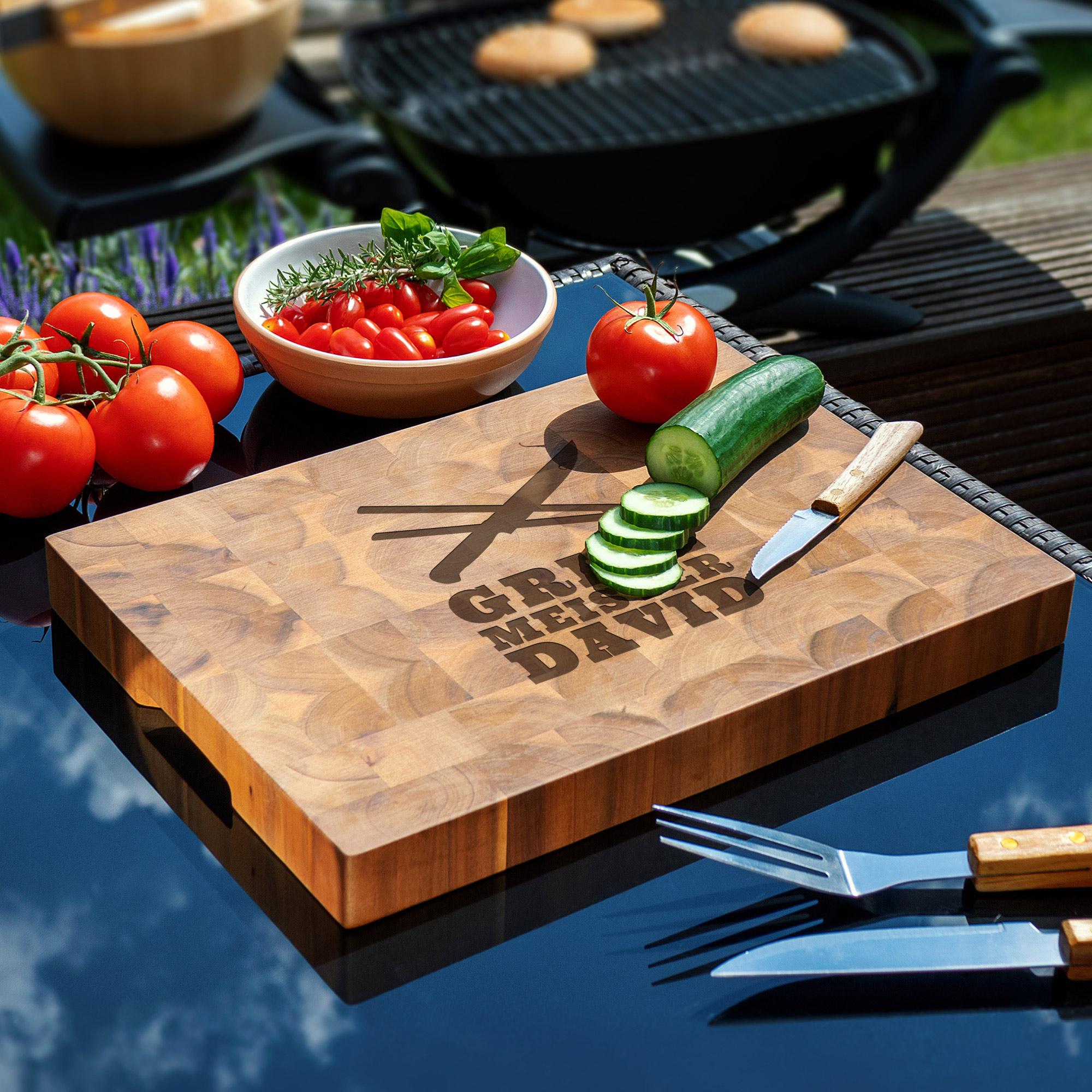 Schneideblock Akazie - Motiv 8 - Grill Meister mit Besteck - Personalisiert